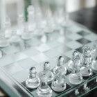 De waarde van schaakstukken en beginposities