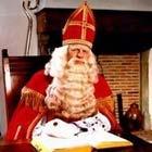 Paul van Loon: Foeksia & de hoed van Sinterklaas. Cadeautje!